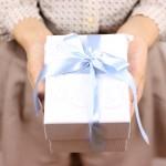 クリスマスプレゼント※彼氏へ贈る物のランキングで人気なのは?